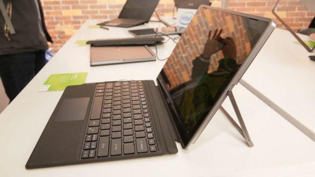 Acer Switch 5 вид сбоку