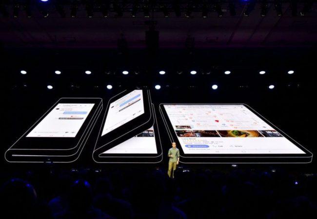 смартфон Samsung Galaxy F
