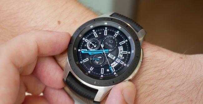 Samsung представили умные часы Galaxy Watch