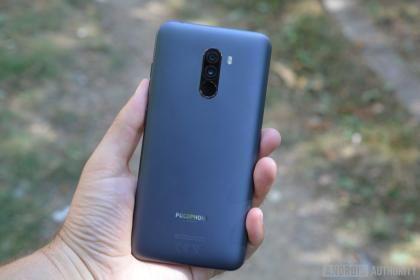 Xiaomi Pocophone F1 камера