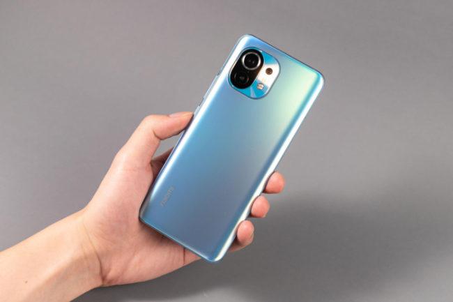 телефон Xiaomi Mi 11